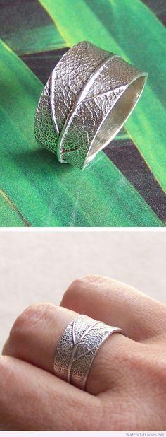 Leaf ring Pretty for us outdoor lovers! Metal Clay Jewelry, Leaf Jewelry, Cute Jewelry, Silver Jewelry, Jewelry Accessories, Jewelry Design, Leaf Ring, Handmade Jewelry, Fashion Jewelry