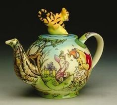 Wnnie the pooh.I would love to have this one for my daughter. Shes a big fan of Winnie the Pooh, and all his little friends! Teapots And Cups, Teacups, Winnie The Pooh Friends, Cafetiere, Cuppa Tea, Tea Cozy, Pooh Bear, My Cup Of Tea, Chocolate Pots