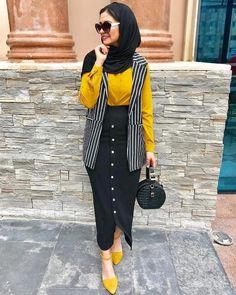 hijab collection for elegant eve – Just Trendy Girls Hijab Fashion Summer, Modern Hijab Fashion, Abaya Fashion, Muslim Fashion, Modest Fashion, Fashion Outfits, Fashion Styles, Abaya Mode, Mode Hijab