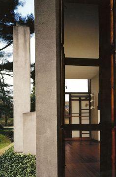 Esherick House | Chestnut Hill, Philadelphia, Pennsylvania | Louis Kahn | Photo © Todd Eberle