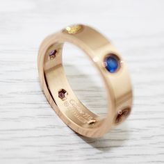 This series is written Cartier sing love songs, with present two hollow heart, bright beauty of arms around a heart shape cutting, the significance of the marriage be in harmony of two hearts by the holy heart. Gemstone Colors, Gemstone Rings, Cartier Love Ring, Hollow Heart, Two Hearts, Rings Online, Love Songs, Pink And Gold, Heart Shapes