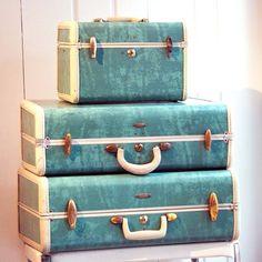 Fancy   Vintage 1950s Bermuda Green Samsonite suitcases