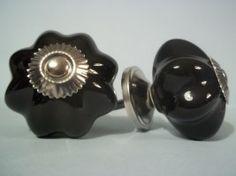 Porseleinen zwarte knop