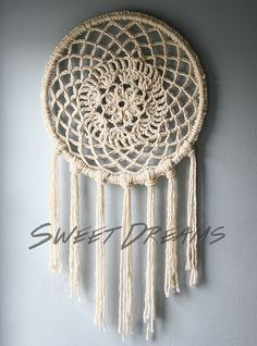 Caught On A Whim: DIY: Big Dreams Dreamcatcher
