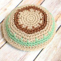 Crochet Yarmulke Pattern by Petals to Picots!