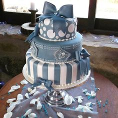 Denim and Diamonds Wedding - Cake