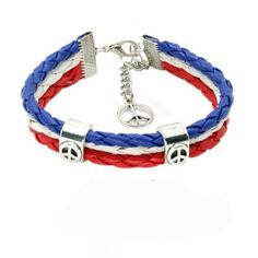 This intricately braided support Costa Rica braided leather bracelet will put you in the spotlight as you show off your support for Costa Rica. With a length of or 16 cm, this unique flag bracelet offers a comfortable fit without compromising style. Leather Chain, Braided Leather, Leather Men, Braided Bracelets, Bracelets For Men, Leather Bracelets, Chakra Bracelet, Flag Design, Unisex