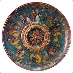 The Wedding Procession Vest Agder Bowl - JP3069