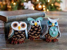 Corujinha de feltro e pinha para uma linda decoração no Natal #natal #corujinha