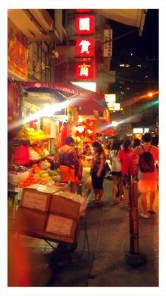 chinatown, manila philippines ---------- #china #chinese #chinatown Philippine Architecture, Ancient Architecture, Manila Philippines, Philippines Travel, Philippine Holidays, Year Of The Dragon, Chinese Culture, Cebu, Brunei
