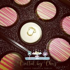 Pink & white chocolate covered oreos for a baby shower... #Craftedbychaz #sweettreats
