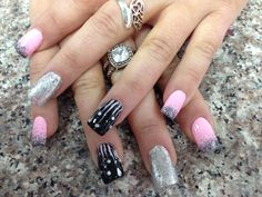 Glamour nails for the weekend