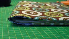 Wie näht man eigentlich eine einfache Hefthülle, z.B. für das gelbe U-Heft, den Mutterpass oder ein Kalenderbuch, ohne von a...