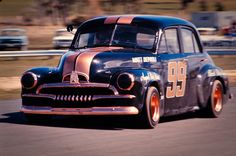 Holden Australia, Muscle Power, Old Race Cars, Sports Sedan, Motor Sport, Buses, Formula 1, Nascar, Rally