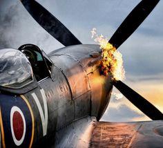 Spitfire © navalairhistory