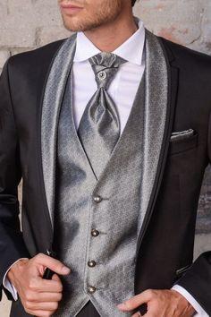 m94-luxusny-pansky-oblek-svadobny-salon-valery