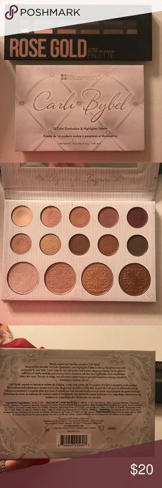 Eyeshadow palette Two gently used eyeshadow palettes. Bundle. Makeup Eyeshadow