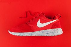 "Nike Roshe Run ""Marble"" Red"