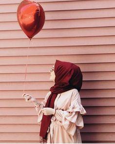 #hijab_dp Stylish Hijab, Modest Fashion Hijab, Hijab Chic, Hijabi Girl, Girl Hijab, Hijab Outfit, Hijab Gown, Arab Girls Hijab, Muslim Girls