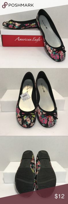 AMERICAN EAGLE FLORA FLATS Cute floral pattern.  Size 7.  NEW IN BOX. American Eagle By Payless Shoes Flats & Loafers