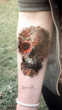 Lovely Flower Tattoo Ideas For Girls (32)