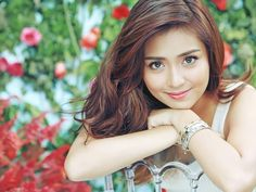 Who is the most beautiful woman in the world Women normally have an attraction and attention towards their beauty and glamor. Commonly beauty of women is Filipina Actress, Filipina Beauty, 10 Most Beautiful Women, Beautiful Inside And Out, Kathryn Bernardo Hairstyle, Daniel Padilla, Celebs, Celebrities, Girl Crushes