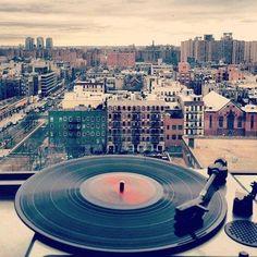 We ♥ vinyl | www.brutebeats.com your real hip hop station | #beats #vinyl #hiphop