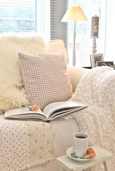 lovely cosy and #shabby spot for a good read