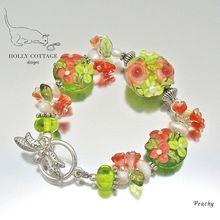 Lampwork flower bracelet by Judith Rudolph, Holly Cottage Designs.