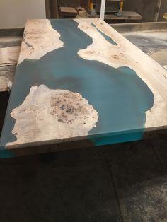 Diy Resin River Table, Resin And Wood Diy, Wood Resin, Resin Furniture, Tree Furniture, Custom Furniture, Epoxy Table Top, Epoxy Wood Table, Wood Tables