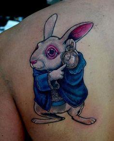 White Rabbit from Alice In Wonderland by Jason Jones Girly Tattoos, Disney Tattoos, Love Tattoos, Awesome Tattoos, Tatoos, White Rabbit Tattoo, Rabbit Tattoos, Piercing Tattoo, I Tattoo