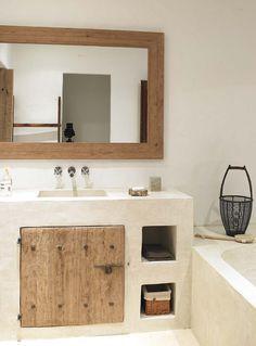 Es Canto - Just read more page as it is - Blakstadibiza Tadelakt, World Of Interiors, Bathroom Interior, Small Bathroom, Bathrooms, Relaxing Bathroom, Home Decor Accessories, Cheap Home Decor, Home Interior Design