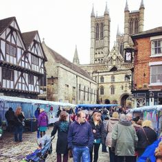 A busy Castle Square for the Lincoln Artists' Market.