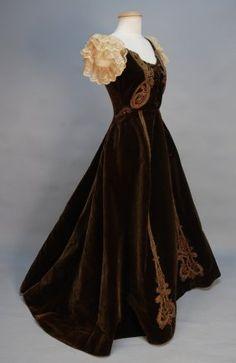 Jacques Doucet Velvet Evening Gown, circa 1895