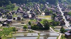The Shirakawa-go and neighboring Gokayama regions line the Shogawa River Valley in the remote mountains that span from Gifu to Toyama Prefectures.