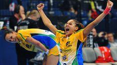 Brasil vence a Dinamarca e alcança final inédita no Mundial de Handebol na Sérvia