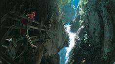 Aventure et frisson dans les gorges du Durnand - Suisse Tourisme