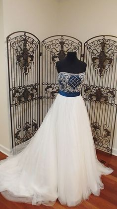 109 ALFRED ANGELO SAPPHIRE 890 SZ 12 IVORY TEAL $1550 WEDDING GOWN make an offer wefindit4u ebay id or wedding dress 4 less on facebook