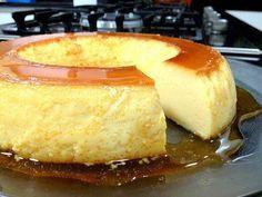 Torta Brownie - Veja a Receita: Köstliche Desserts, Delicious Desserts, Yummy Food, Sweet Recipes, Cake Recipes, My Favorite Food, Favorite Recipes, Portuguese Recipes, Portuguese Food