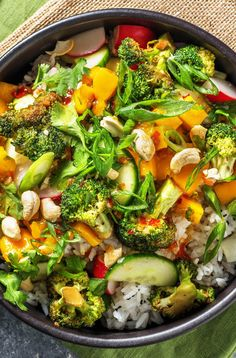 Recipe for: Summer bowl with mango rice with spicy broccoli and radish-cucumber salad vegetarian and vegan bowl / poke bowl / buddha bowl / rice bowl / cooking / eating / nutrition / tasty / cooking b Salad Recipes Healthy Lunch, Rice Recipes For Dinner, Chicken Salad Recipes, Easy Healthy Recipes, Salads For A Crowd, Easy Salads, Summer Salads, Spicy Broccoli, Broccoli Salad