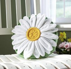 Daisy Flower Shaped Decorative Throw Pillow By Collections Etc Cute Pillows, Diy Pillows, Decorative Throw Pillows, Whiten Pillows, Cushions, Daisy Love, Daisy Girl, Simple Wedding Bouquets, Pillow Inspiration