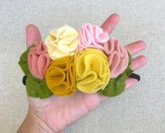 Cintillo y flores
