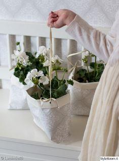 tapetti,pelargonia,diy,paperiaskartelu,kukkia