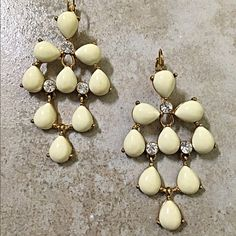 Kate Spade stunning earrings! Gorgeous in deep ivory these beauties add a lovely rich to any summer outfit! kate spade Jewelry Earrings