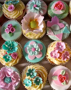 lovely for a girl or boy baby shower  via Cakes by Lynette