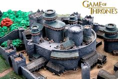 Maquete-Game-of-Thrones-Winterfell-Desktop-Statue-01a