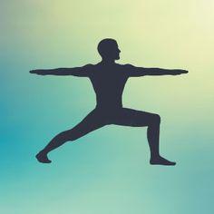 Guida completa a Virabhadrasana 2. Come fare l' asana, variazioni per principianti e tutti i benefici della posizione yoga del guerriero 2.