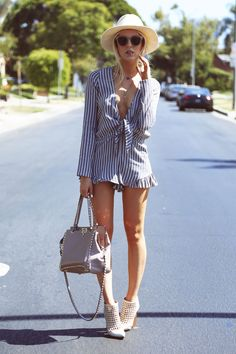 Shea showing how to keep it cool and chic through this summer's heat wave... #blogger #fashionblogger #peaceloveshea