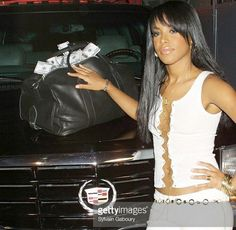 Aaliyah hosting 106andparks 'Get Paid In The Escalade' contest on August 21, 2001 (Her last tv appearance)