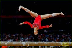 gymnastics pictures | us womens gymnastics team wins gold medal 11